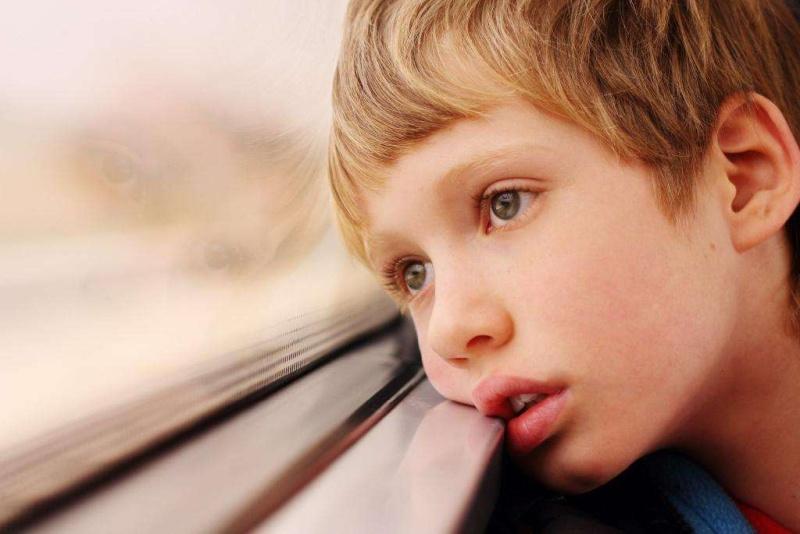 Аутист — кто это, и по каким приметам можно заподозрить болезнь?