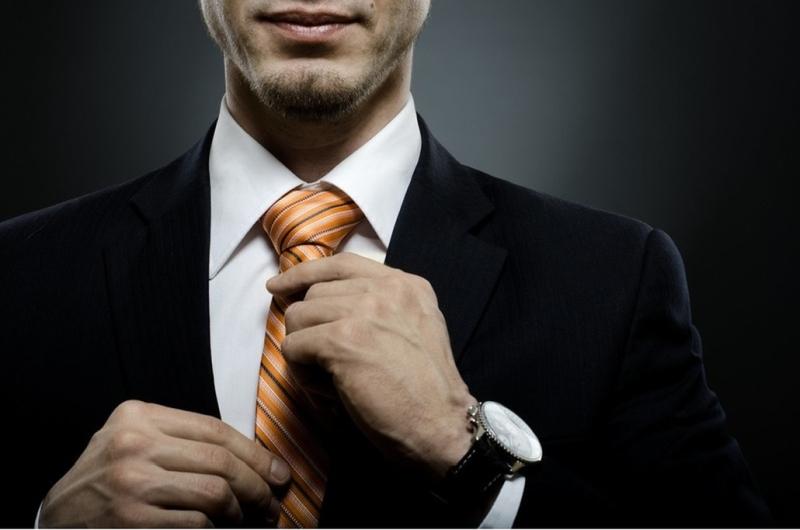 Мужчина с галстуком